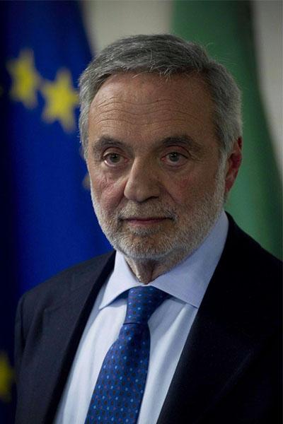 Gino Nicolais
